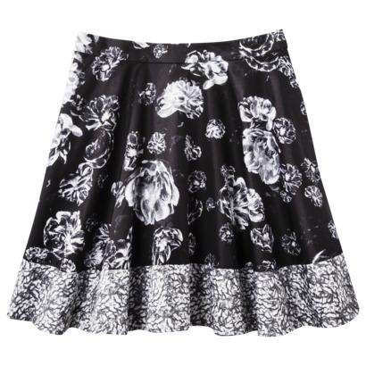Skirt in Meet the Parents