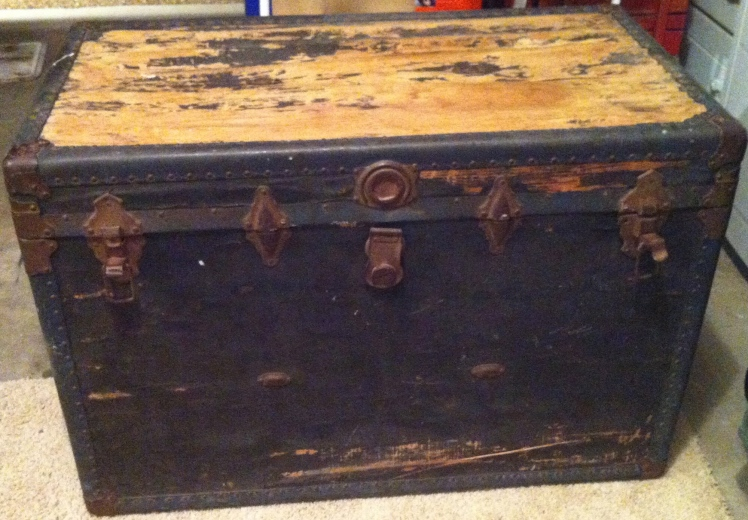 vintage trunk from craigslist