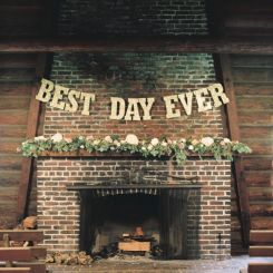 best-day-ever-wedding-sign