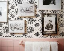 wallpaper-bathroom-pink-tile