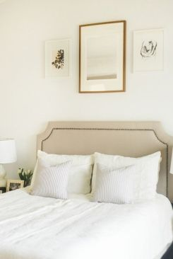 simple-classic-bedroom