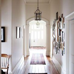 gallery-wall-hallway