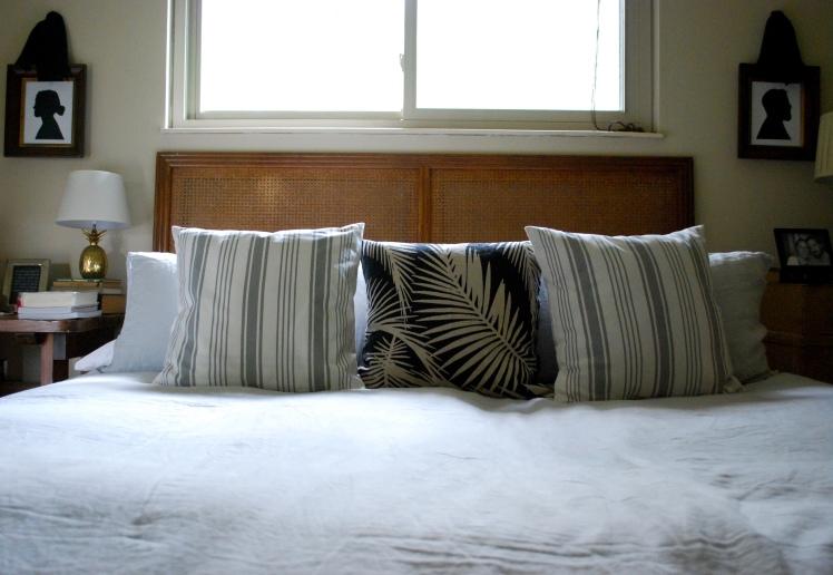 summer-bedroom-parachute