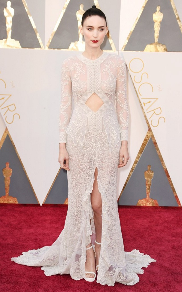 Rooney-Mara-Oscars-Red-Carpet-2016