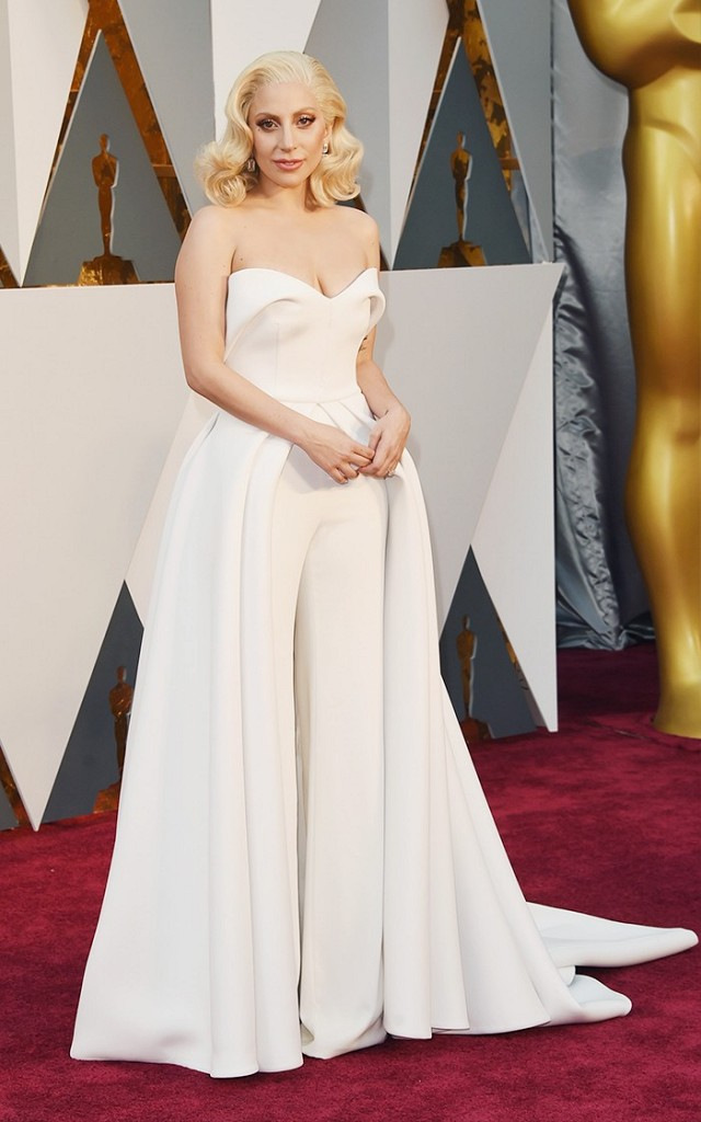 Lady-Gaga-Oscars-Red-Carpet-2016