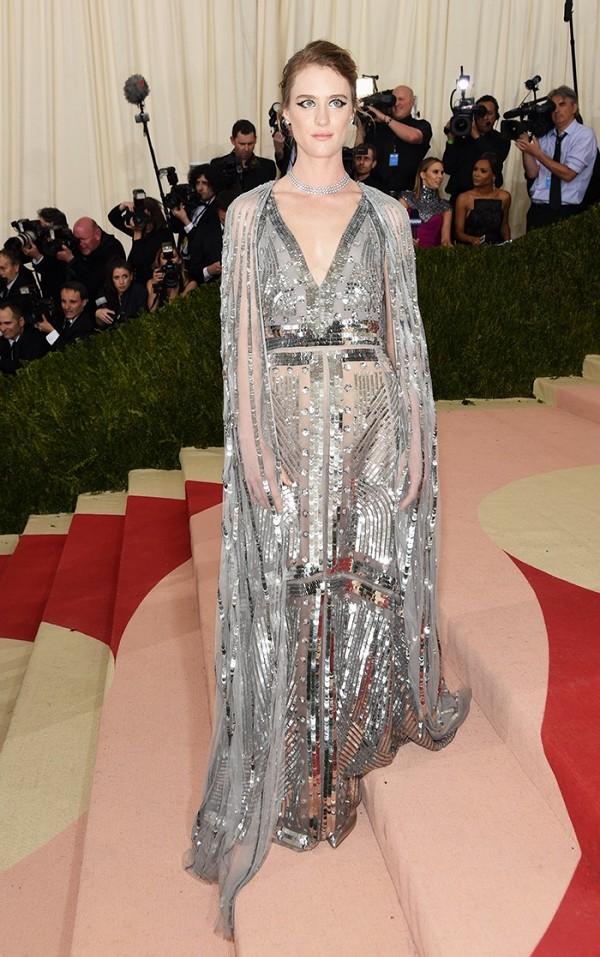 Mackenzie Davis Met Gala 2016